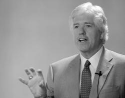 Peter Smyth, president and CEO of Greater Media Inc., speaks at the annual marketing conference of the N.J. League of Community Bankers, on June 10 at Forsgate Country Club, Monroe.