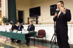 Candidates for the Red Bank Borough Council spoke in a debate on Oct. 1.