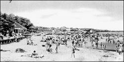 Seidler's Beach was often crowded on a hot summer day.